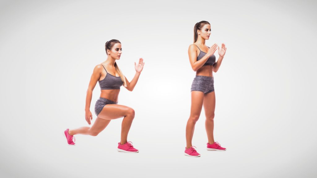 Dynamic stretches for runners: Walking lunges