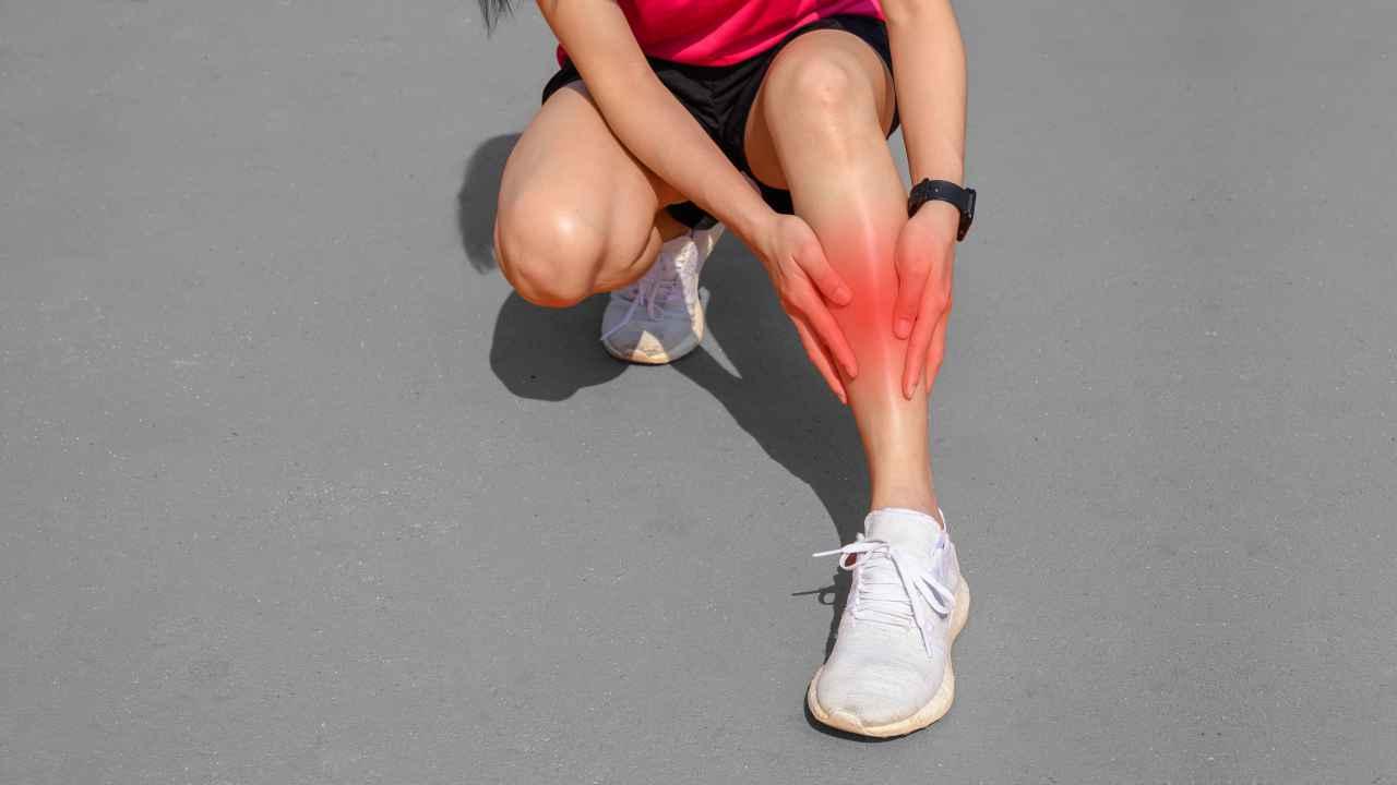 Causes, symptoms, and treatment of shin splints